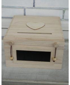κουτί ευχών με μαυροπίνακα