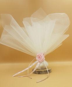 μπομπονιέρα ροζ λουλούδι